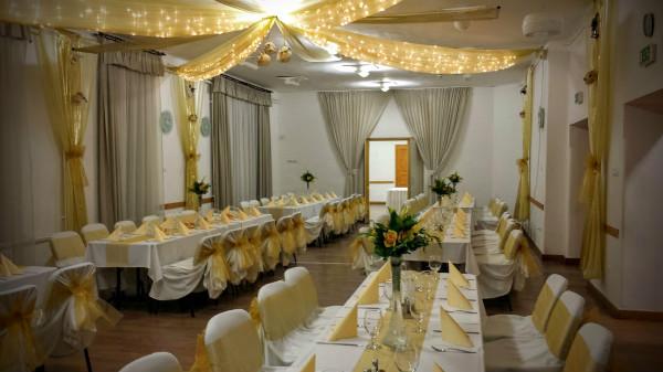 esküvős27